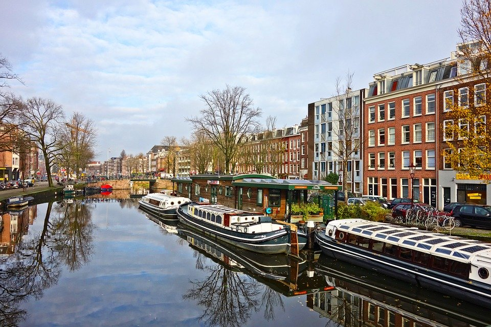 Amsterdam será la primera ciudad en aplicar la Economía del Donut 1